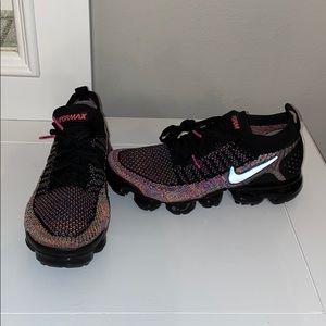 Nike Vapormax Flyknit (7.5 Women)